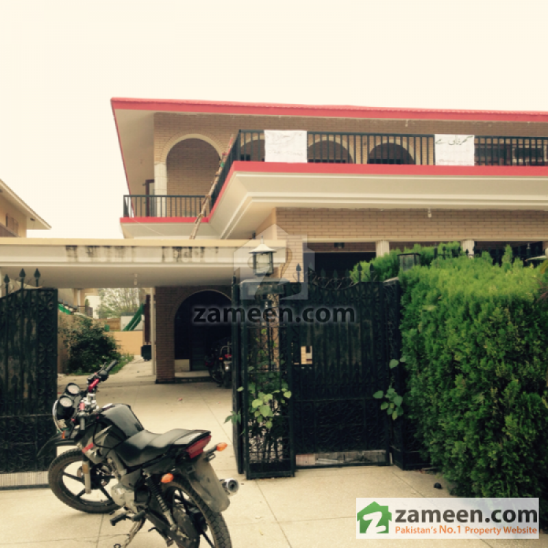 House Available for Rent F-10 Sector ISLAMABAD House for rent