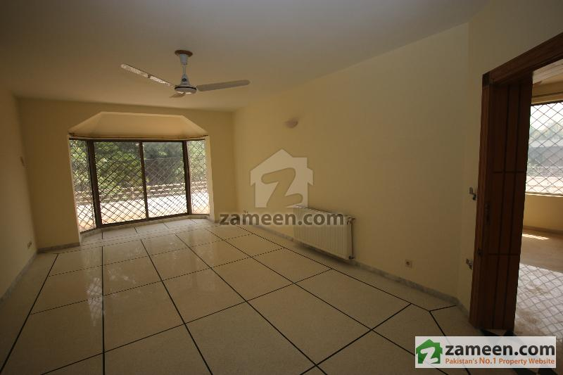 House Available for Rent F-8 Sector ISLAMABAD Bedroom