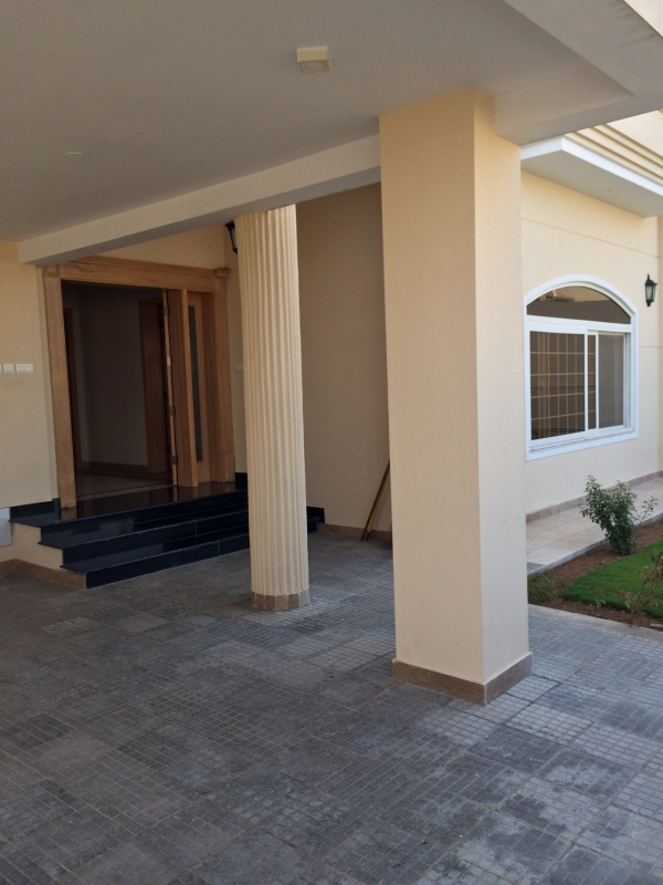 House Available for Sale Bahria Town ISLAMABAD Front View
