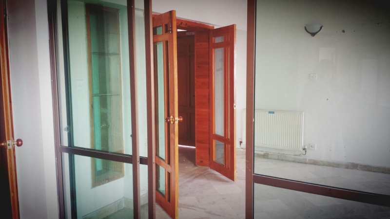 House Available for Sale F-10 Sector ISLAMABAD Drawing room