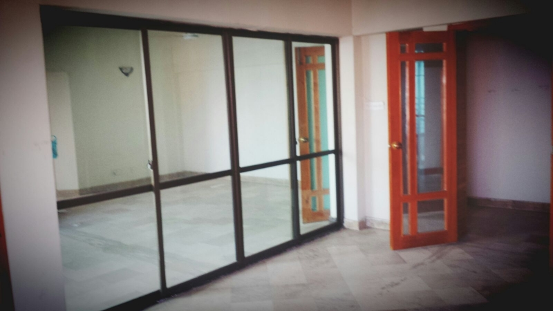 House Available for Sale F-10 Sector ISLAMABAD Tv Lounch out