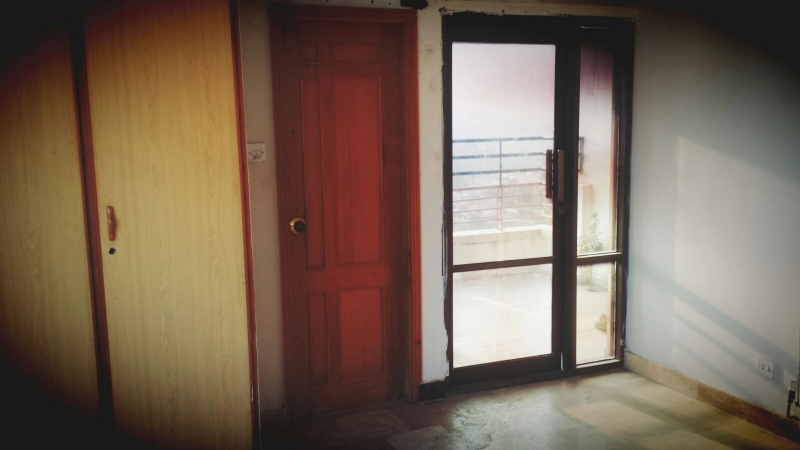 House Available for Sale F-10 Sector ISLAMABAD Balcony 2