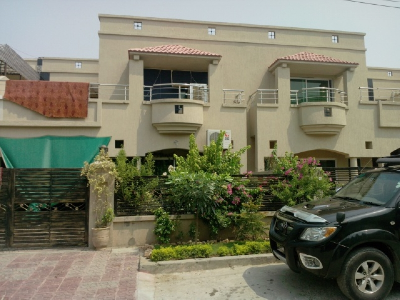 House in RAWALPINDI Gulrez Available for Sale