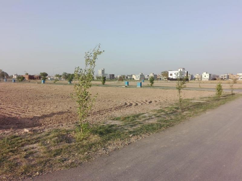 Plot Available for Sale Park View LAHORE